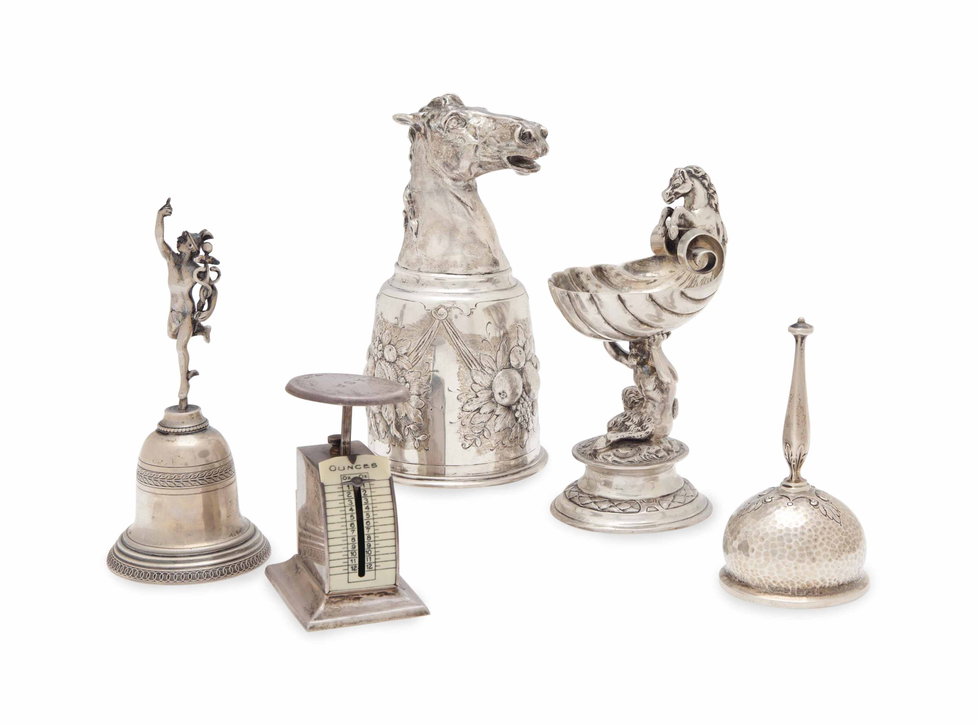 A GROUP OF ENGLISH, CONTINENTAL AND AMERICAN SILVER TABLE ARTICLES,