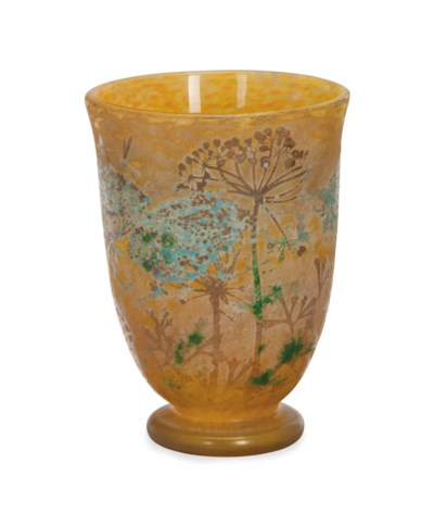 A FRENCH VITRIFIED CAMEO GLASS