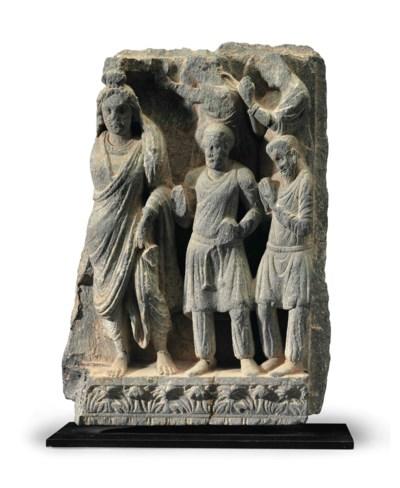 A gray schist relief of Maitre