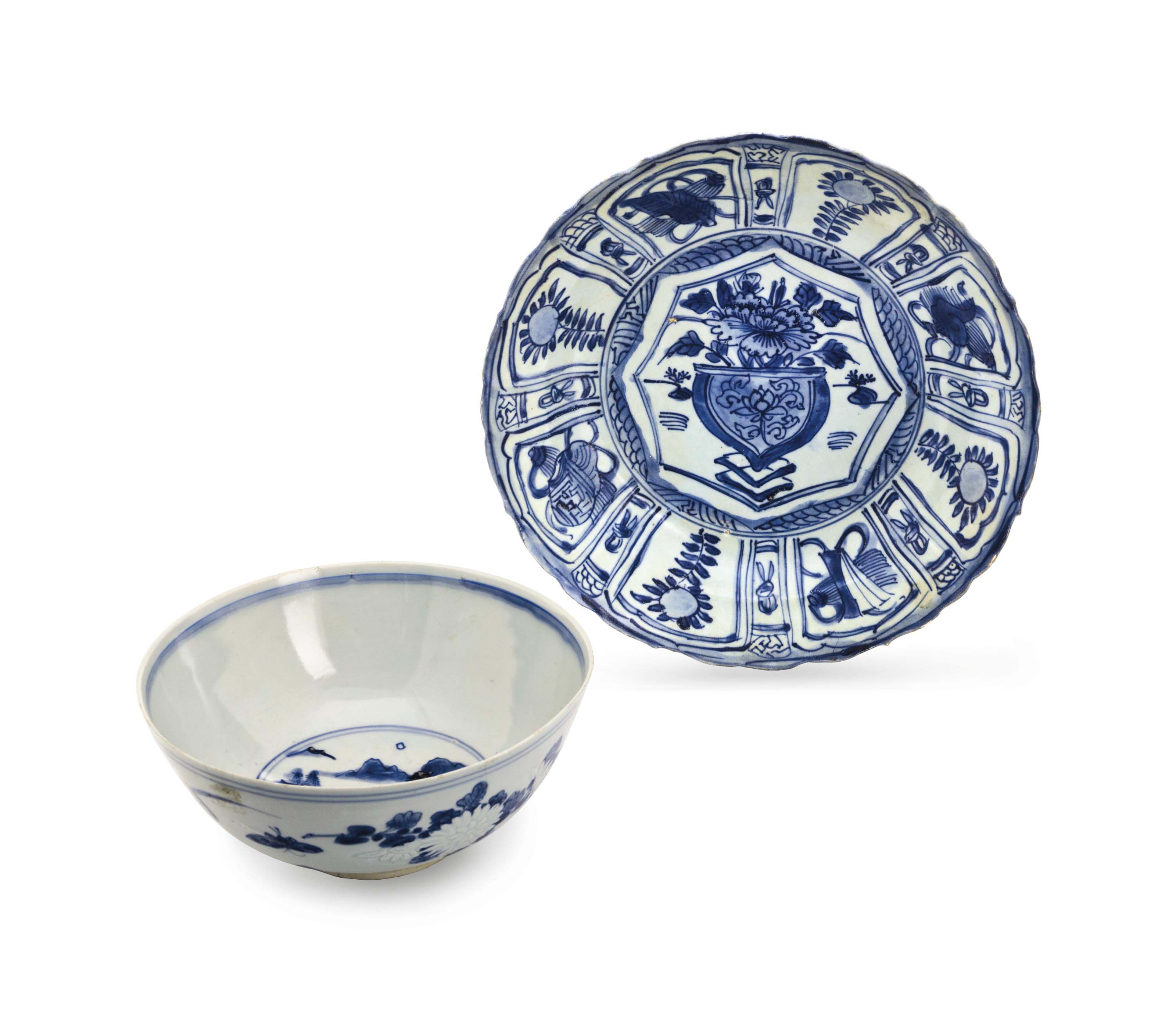 A CHINESE 'HATCHER CARGO' BLUE AND WHITE 'KRAAK' PORCELAIN CHARGER, AND A 'HATCHER CARGO' BLUE AND WHITE BOWL,