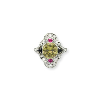 AN ART DECO COLORED DIAMOND, D