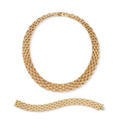A SET OF GOLD PANTHÈRE JEWELRY