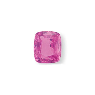 AN UNMOUNTED PINK SAPPHIRE