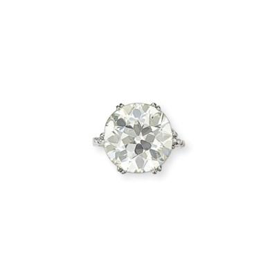 A BELLE ÉPOQUE DIAMOND PENDANT