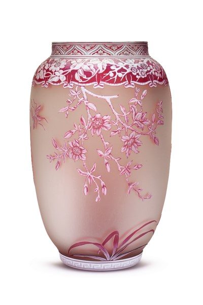 AN ENGLISH CAMEO GLASS VASE