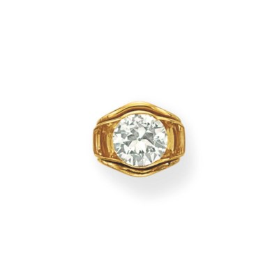 A DIAMOND AND CITRINE RING, BY