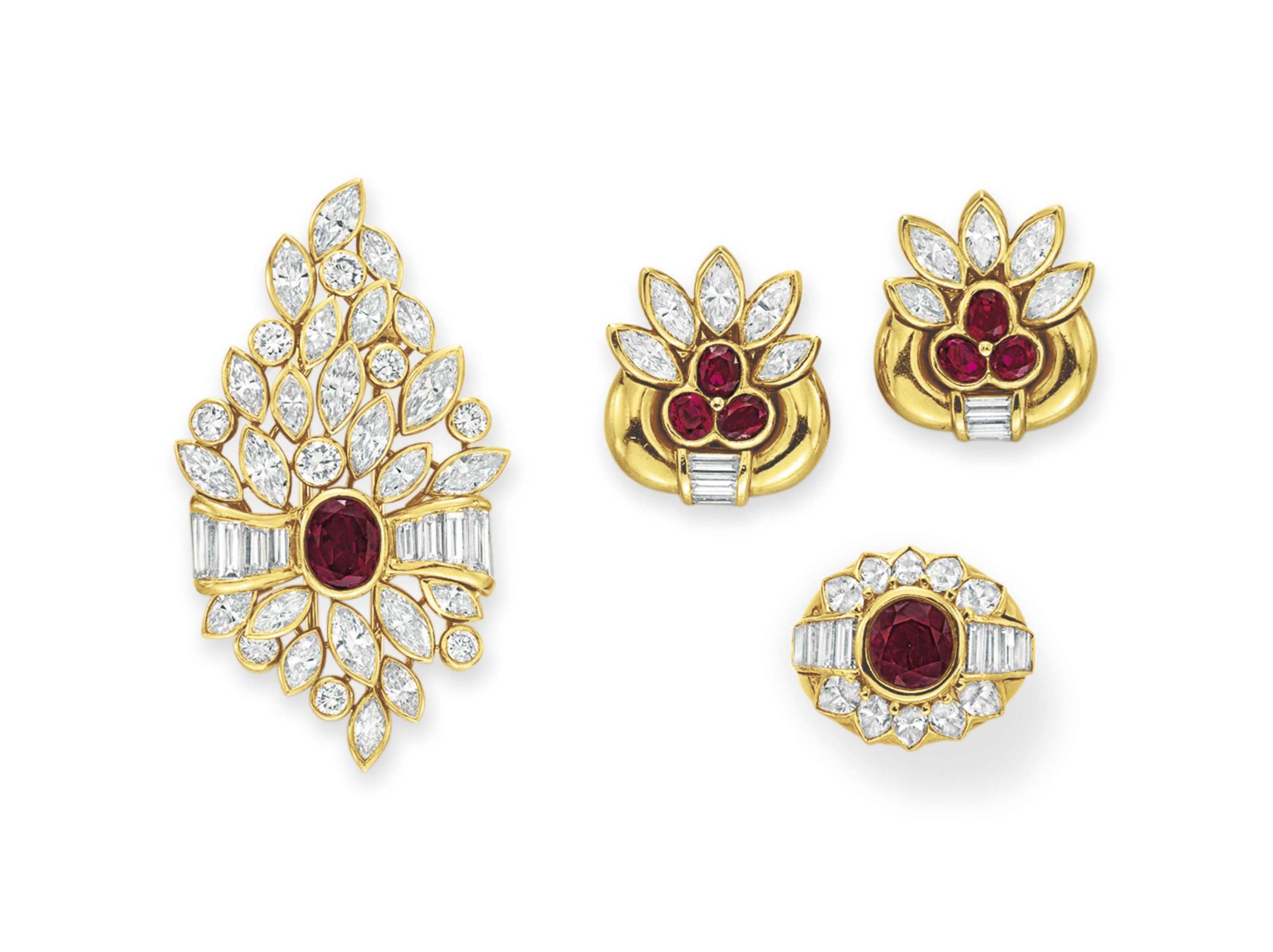 A SUITE OF DIAMOND, RUBY AND GOLD JEWELRY