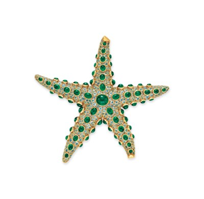 AN EMERALD AND AQUAMARINE STAR