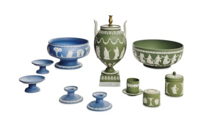 A GROUP OF WEDGWOOD GREEN AND