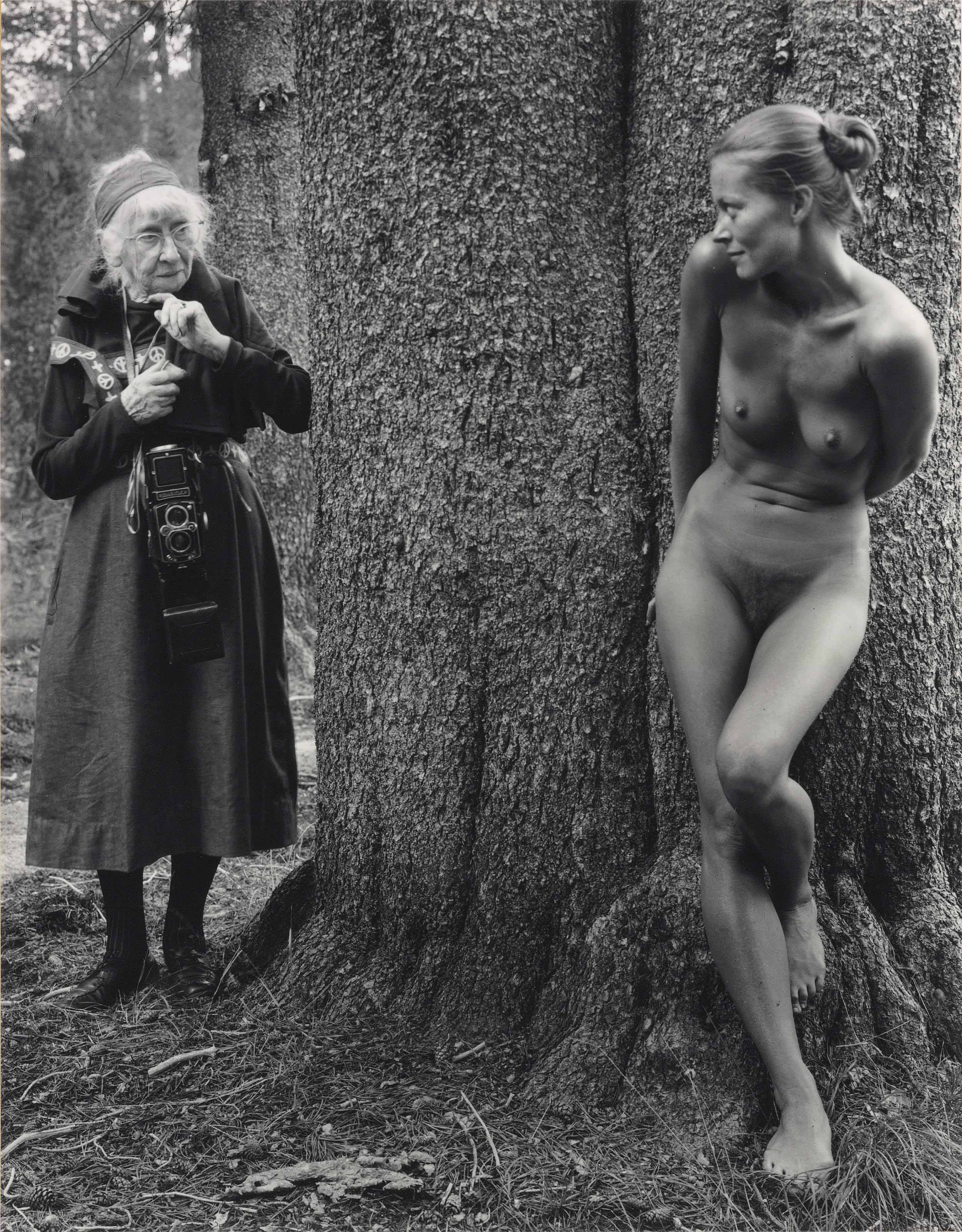 Imogen and Twinka, Yosemite, 1974