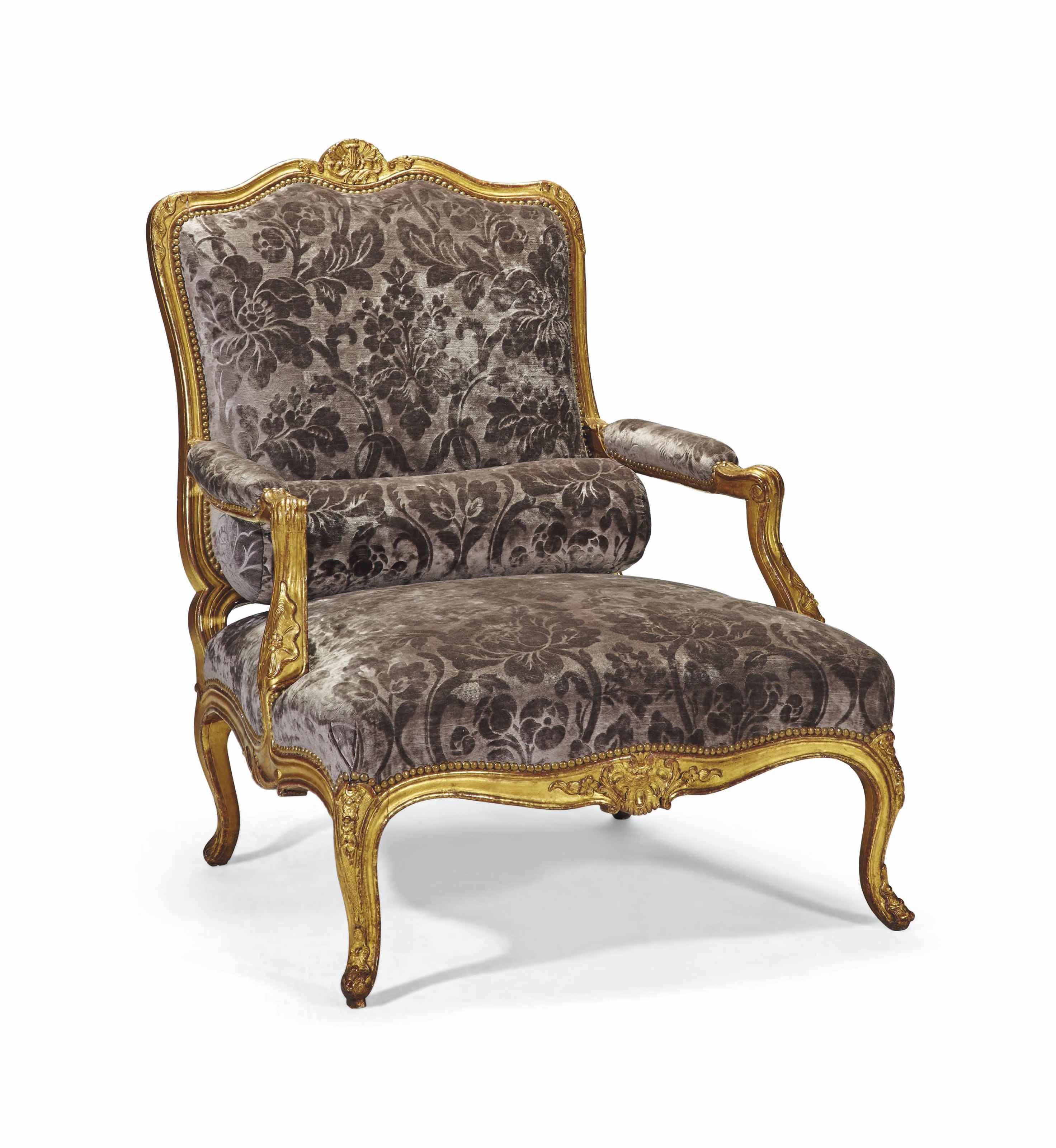 large fauteuil coin de feu du debut de l 39 epoque louis xv attribue a cresson l 39 aine milieu. Black Bedroom Furniture Sets. Home Design Ideas