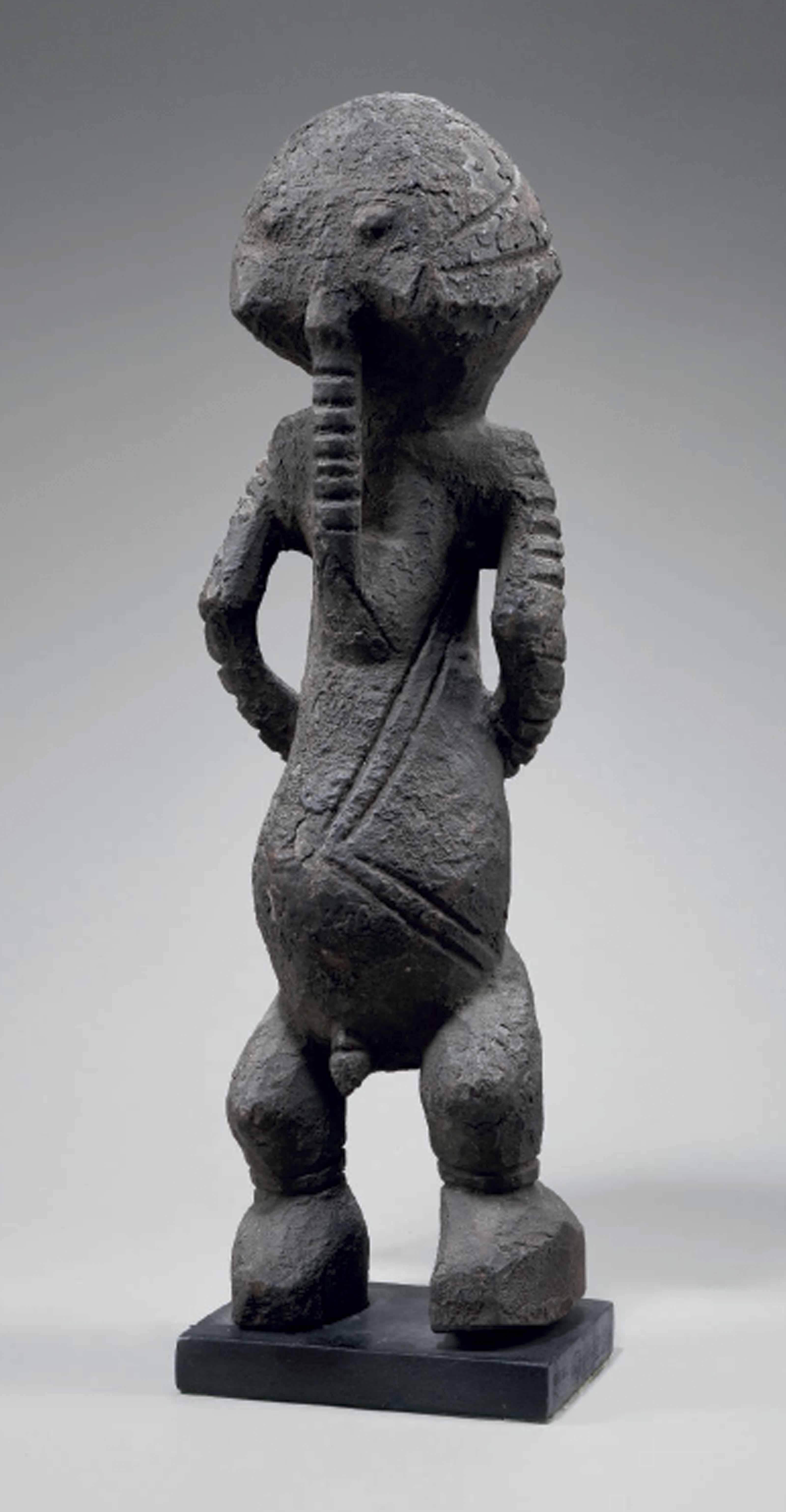 Statue d'ancêtre masculin Ance