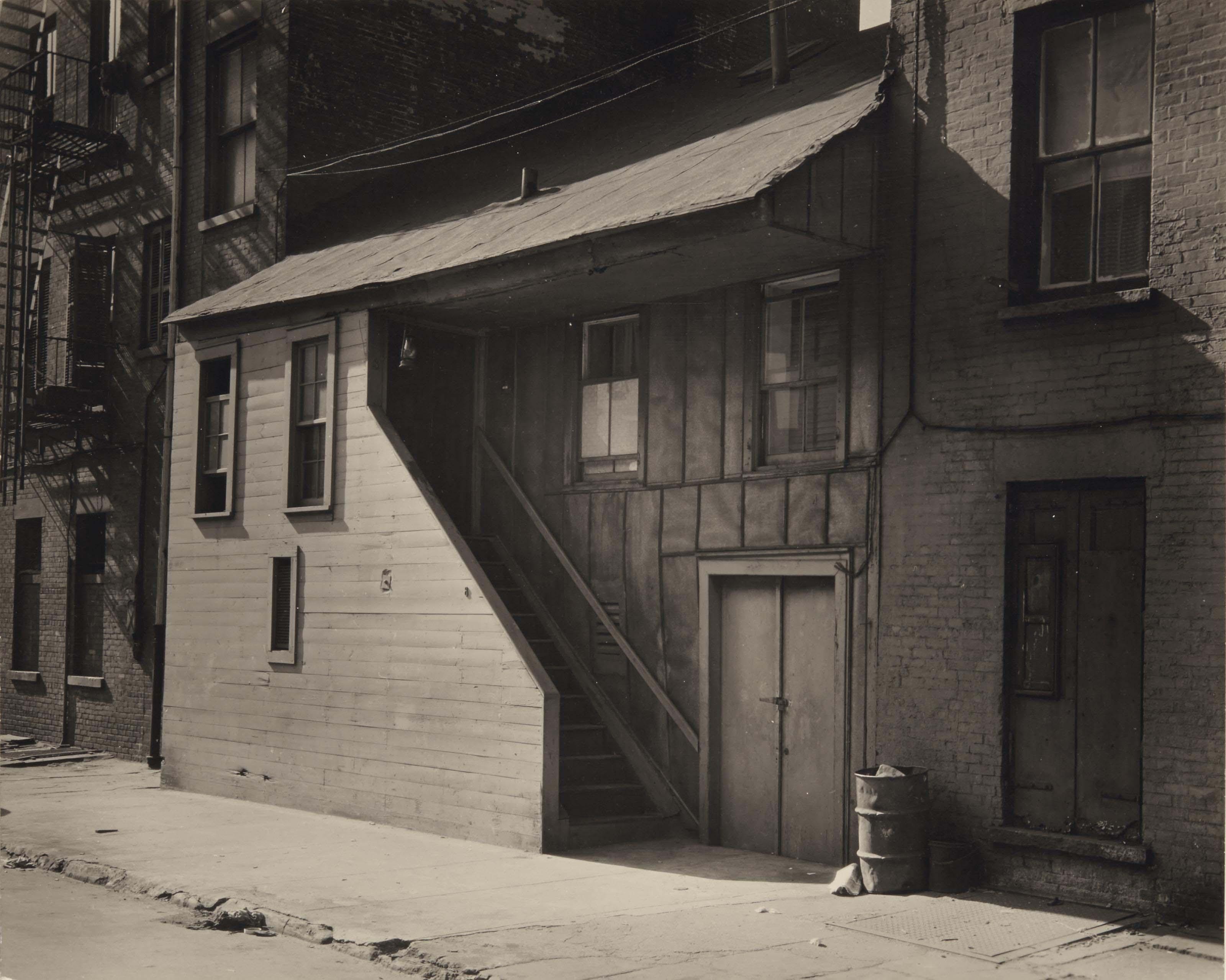 Berenice abbott 1898 1991 small frame house vers 1930 for Abbott house
