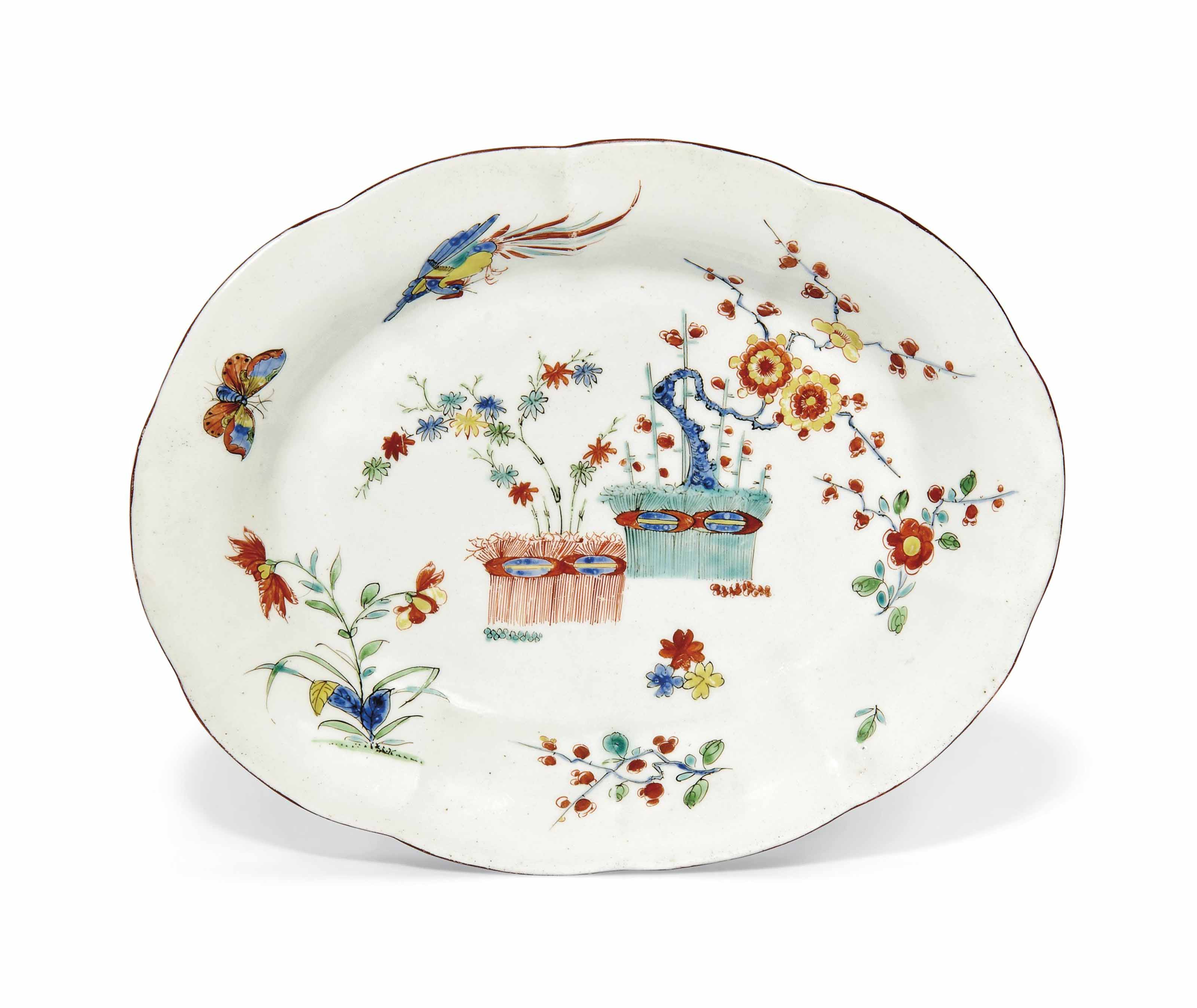 A WORCESTER SHAPED OVAL DISH