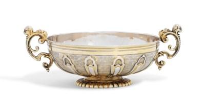 A LOUIS XIV SILVER-GILT CUP