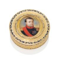 A LOUIS XVI PARCEL-ENAMELLED GOLD BONBONNIÈRE SET WITH A PORTRAIT MINIATURE