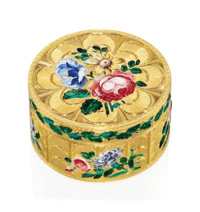 A GERMAN ENAMELLED GOLD BONBON