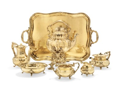 A SILVER-GILT TEA AND COFFEE S