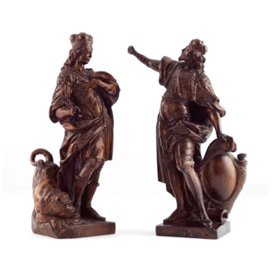 A PAIR OF WOOD FIGURES OF SAIN