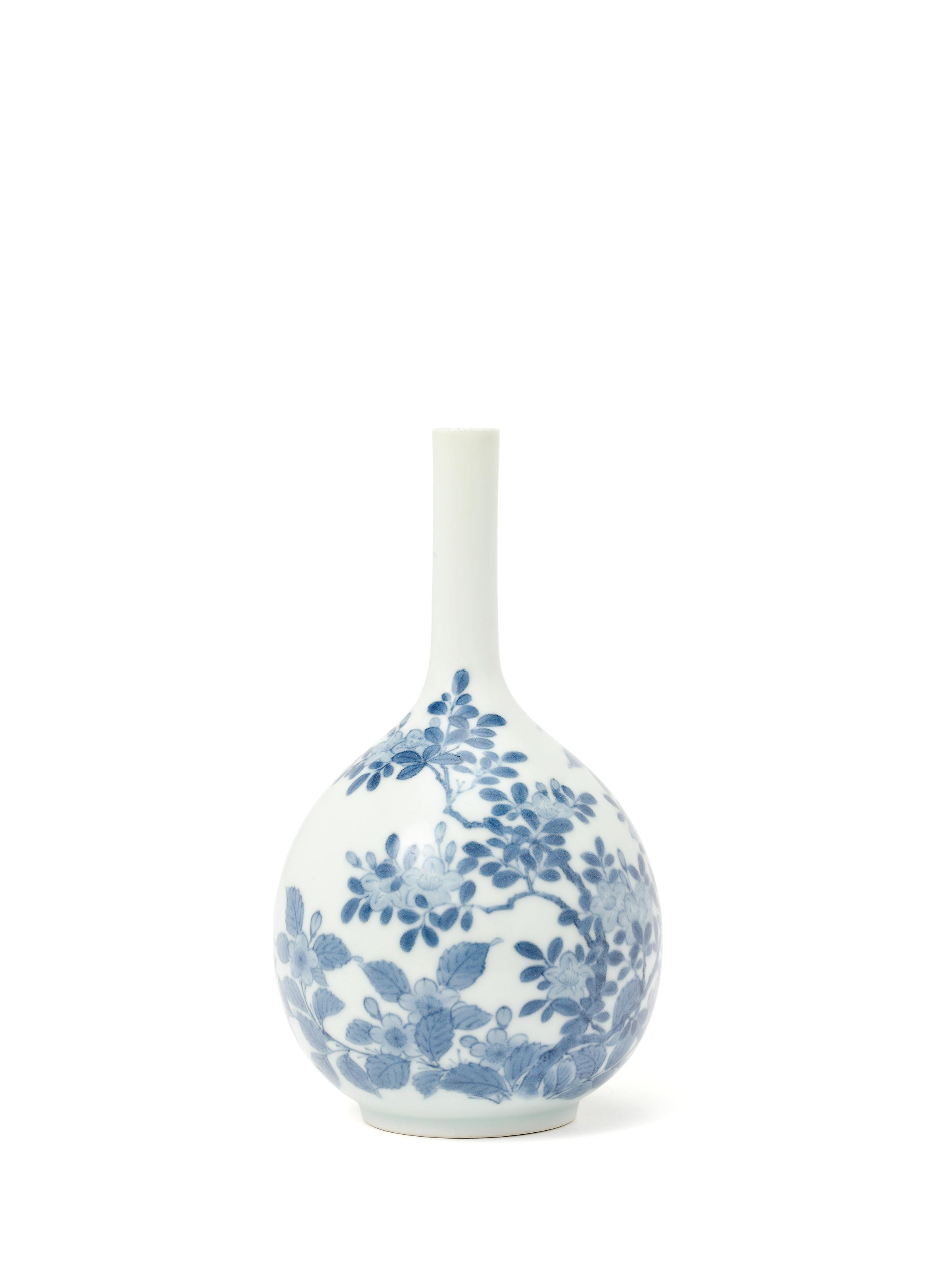 A Nabeshima Tokkuri [Sake Bottle]