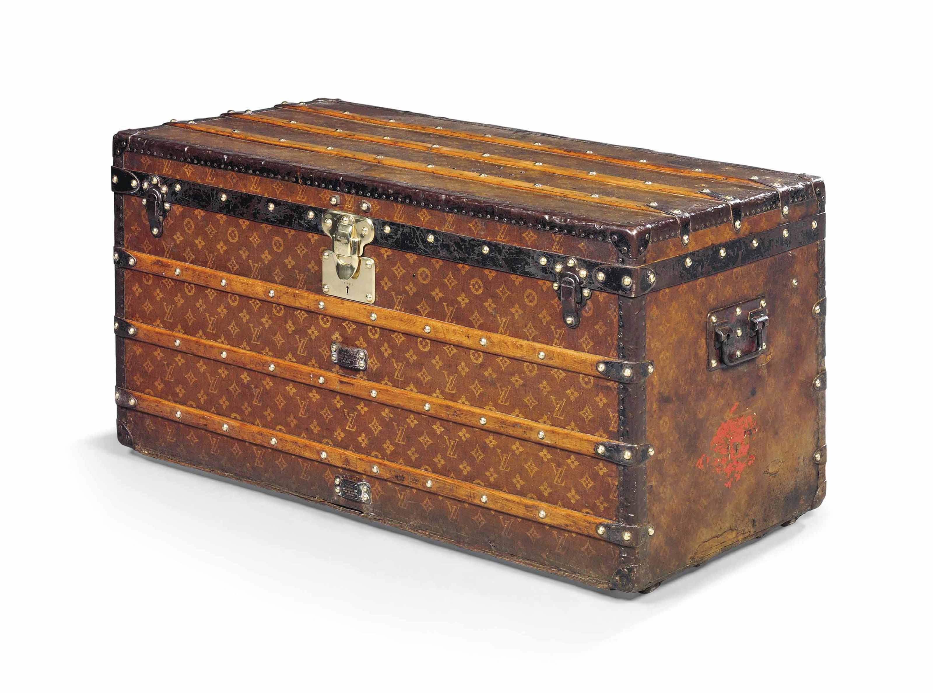 A MAN'S TRUNK IN MONOGRAM CANV