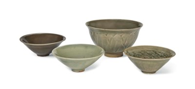 A YAOZHOU CARVED DEEP BOWL AND