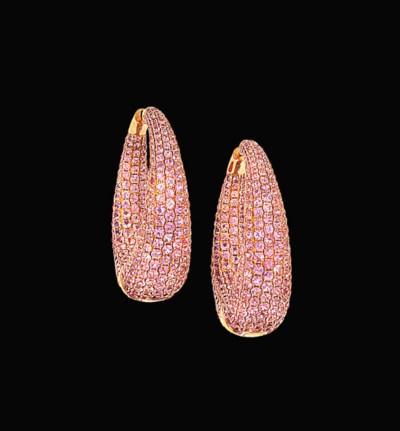 A pair of pink sapphire earhoo