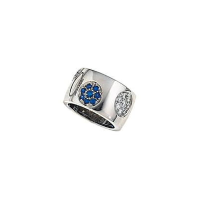 A diamond and sapphire band ri