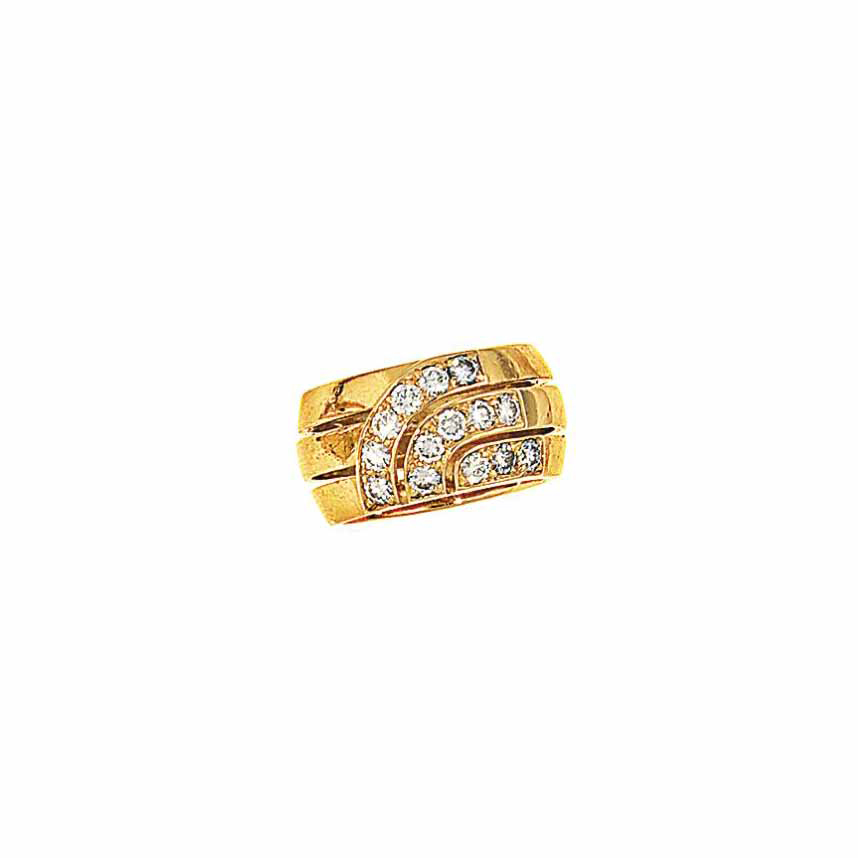 An 18ct gold and diamond-set r