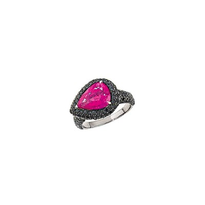 A pink sapphire and coloured d
