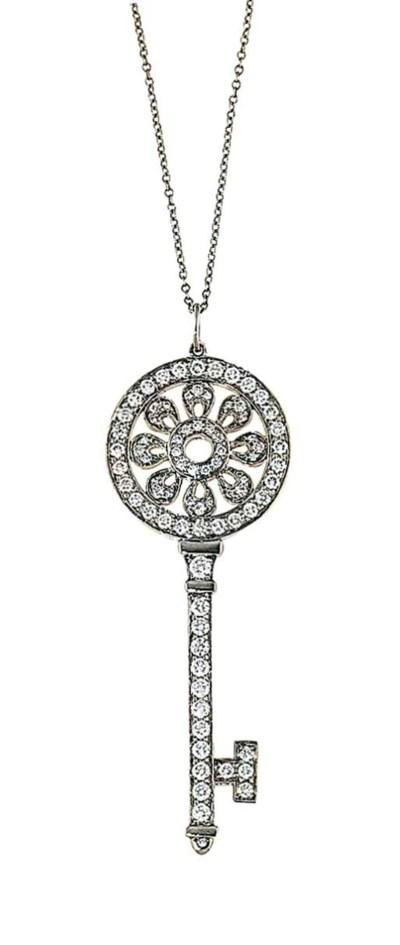 A platinum diamond-set 'Petals