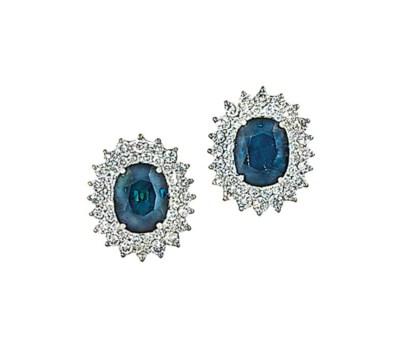 A pair of green-blue sapphire
