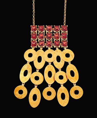 A garnet necklace, by Bulgari