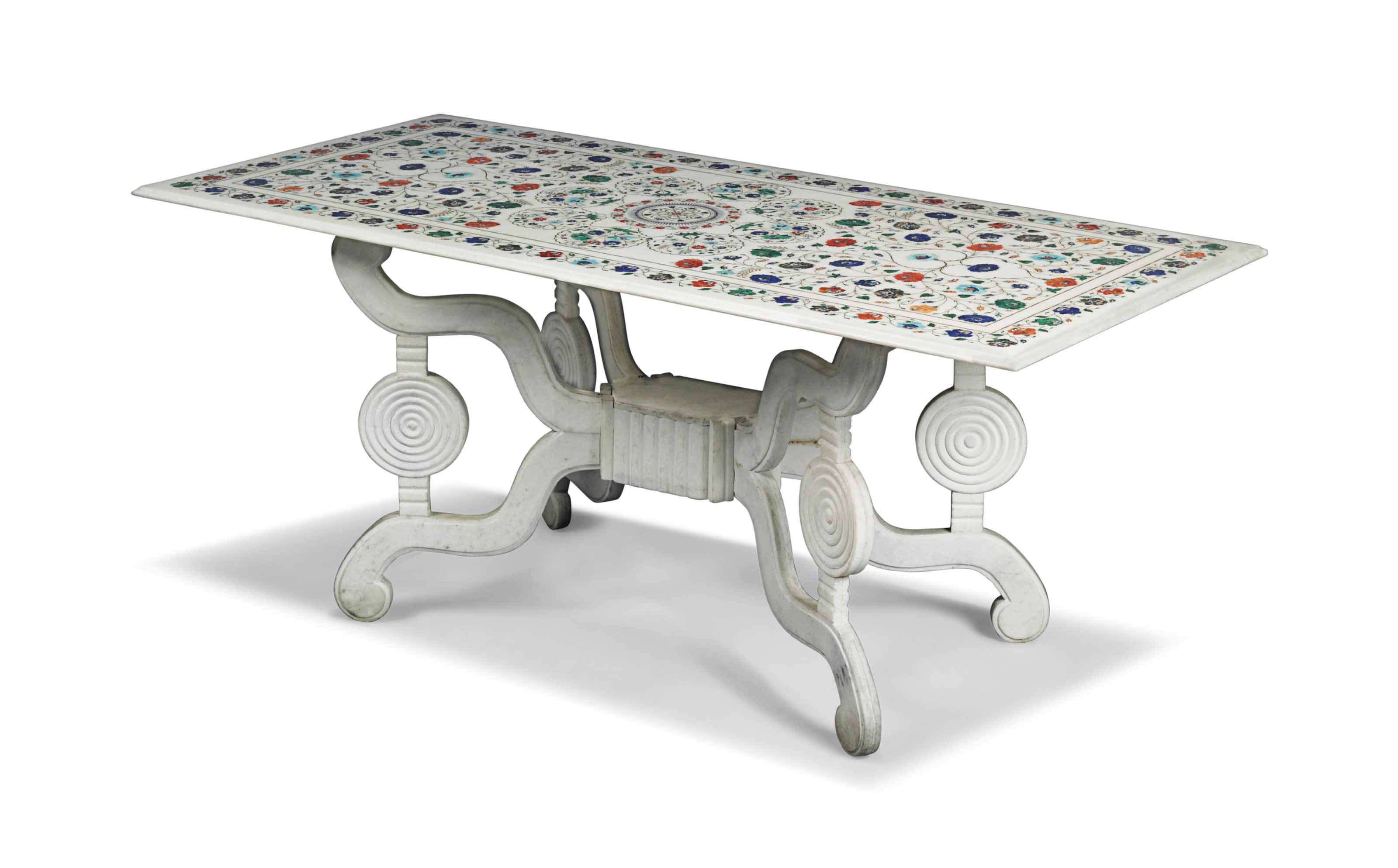 AN INDIAN MARBLE CENTRE TABLE