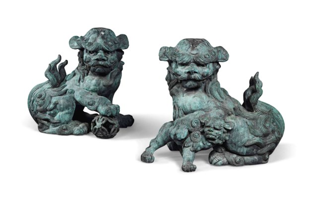 A PAIR OF CHINESE BRONZE DOGS