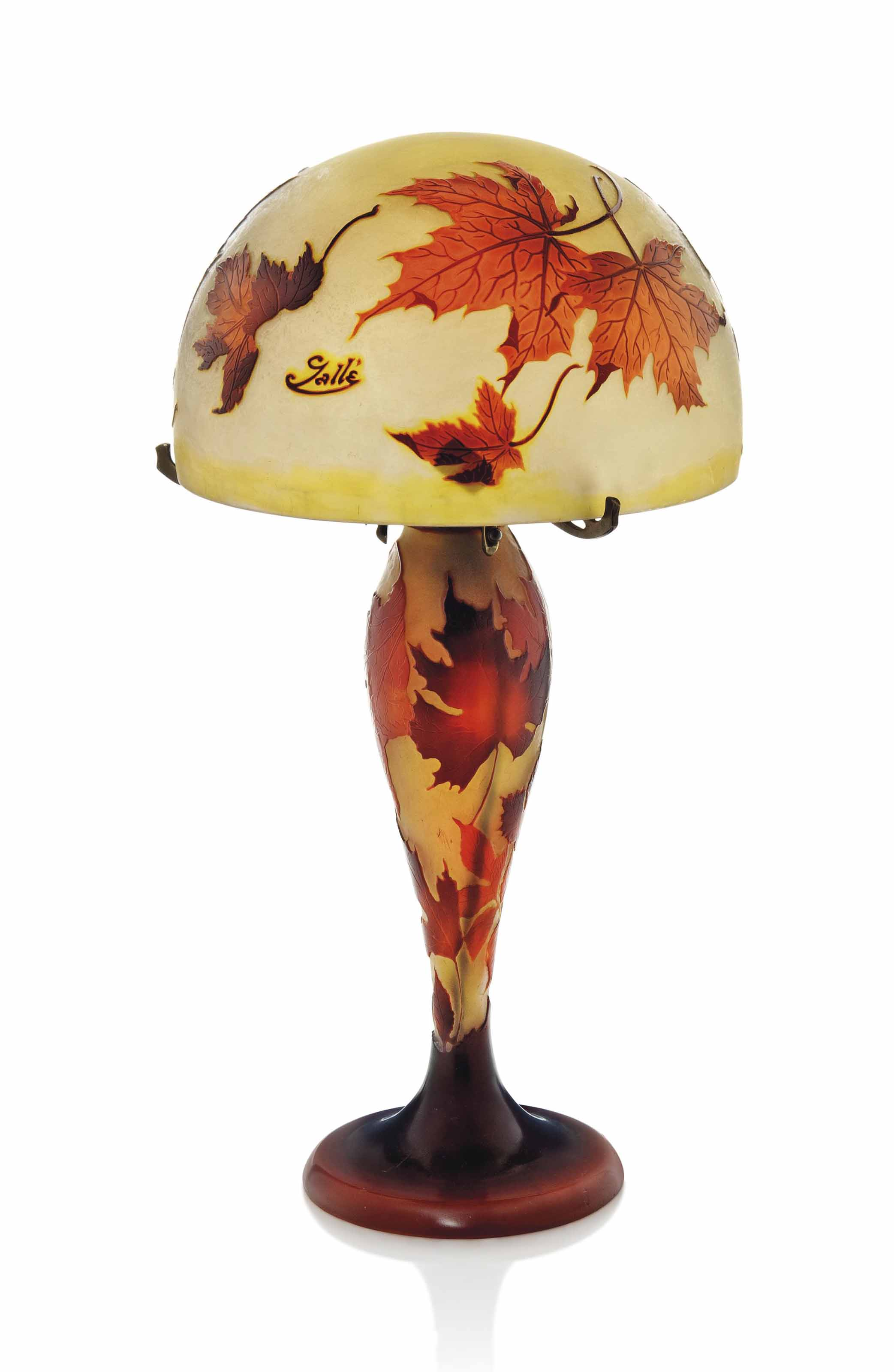Cameo 1910sflowers Galle 1910 Gvb7fy6y Glass A Lampcirca Table n0OwNkX8P