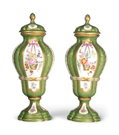 A PAIR OF FRENCH PORCELAIN SEV