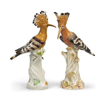 A MATCHED PAIR OF MEISSEN HOOP