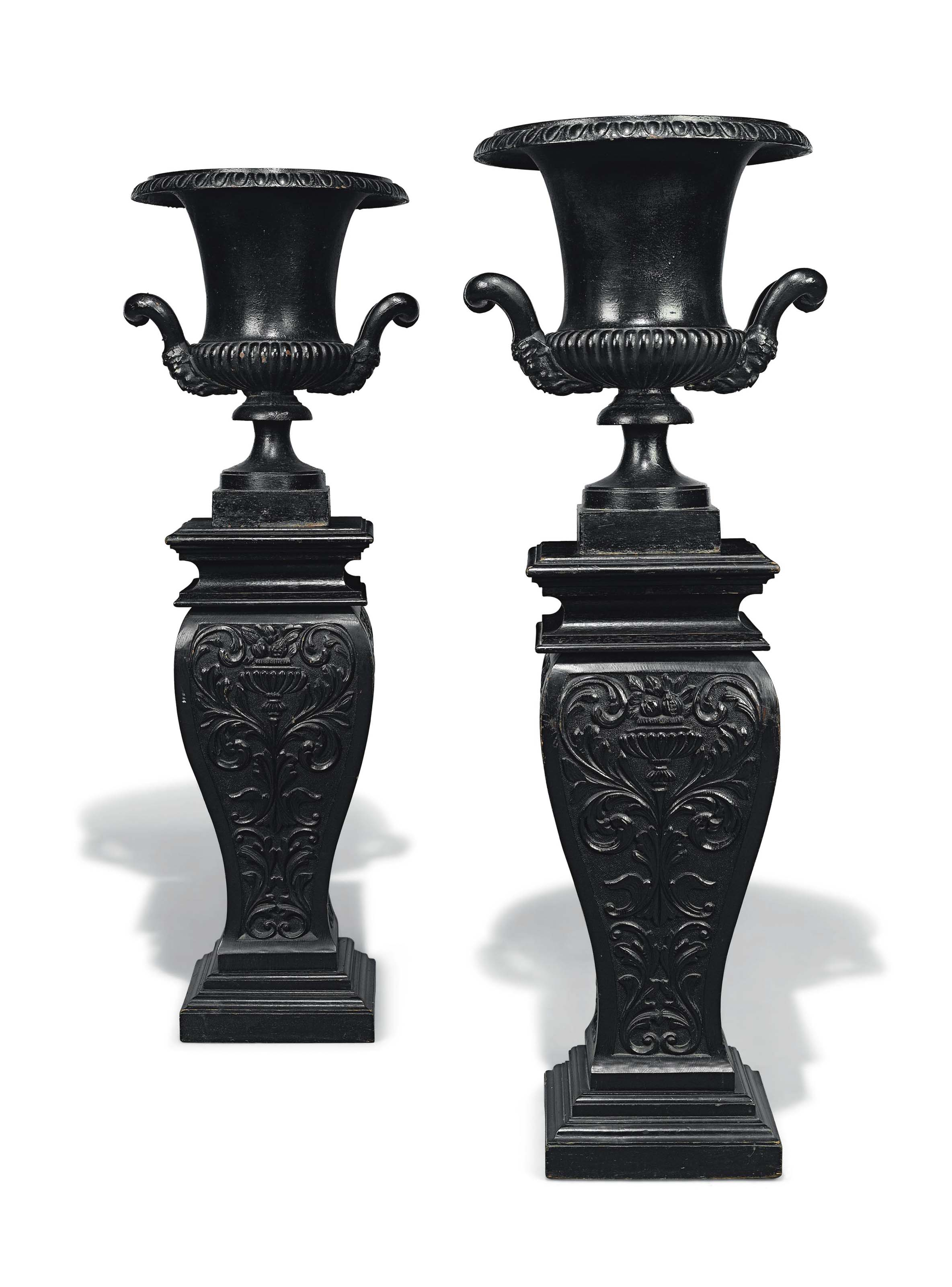 A PAIR OF LATE VICTORIAN PAINT