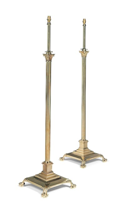 A PAIR OF ENGLISH BRASS CORINT