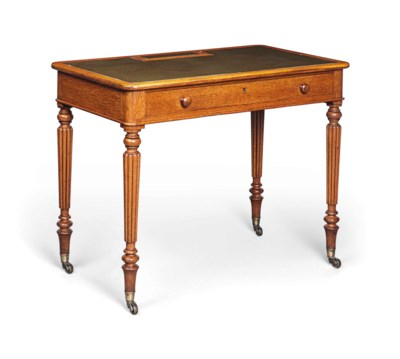 A GEORGE IV OAK CHAMBER OR WRI