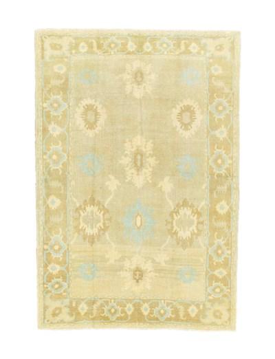 A fine Ushak style carpet