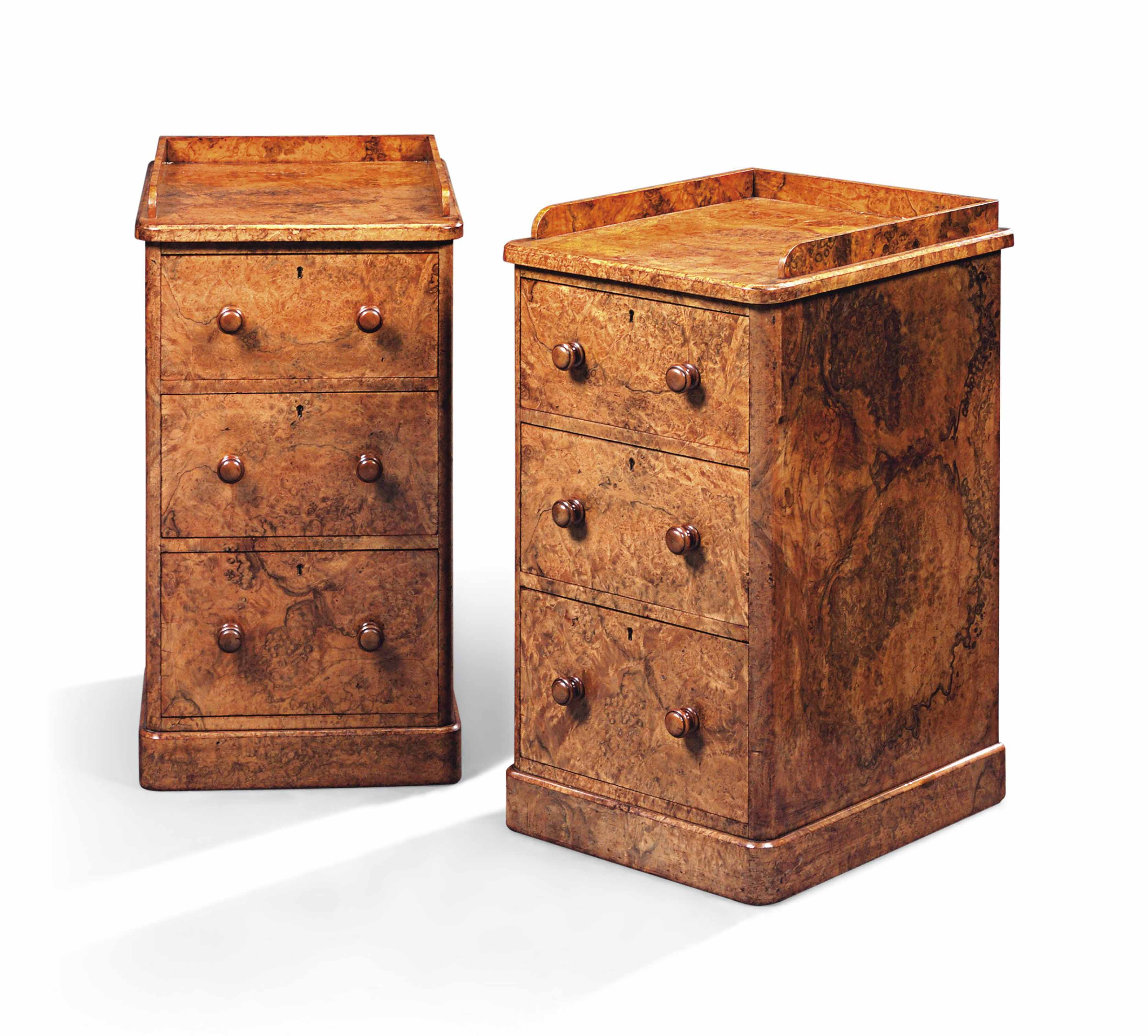 A PAIR OF BURR-WALNUT BEDSIDE
