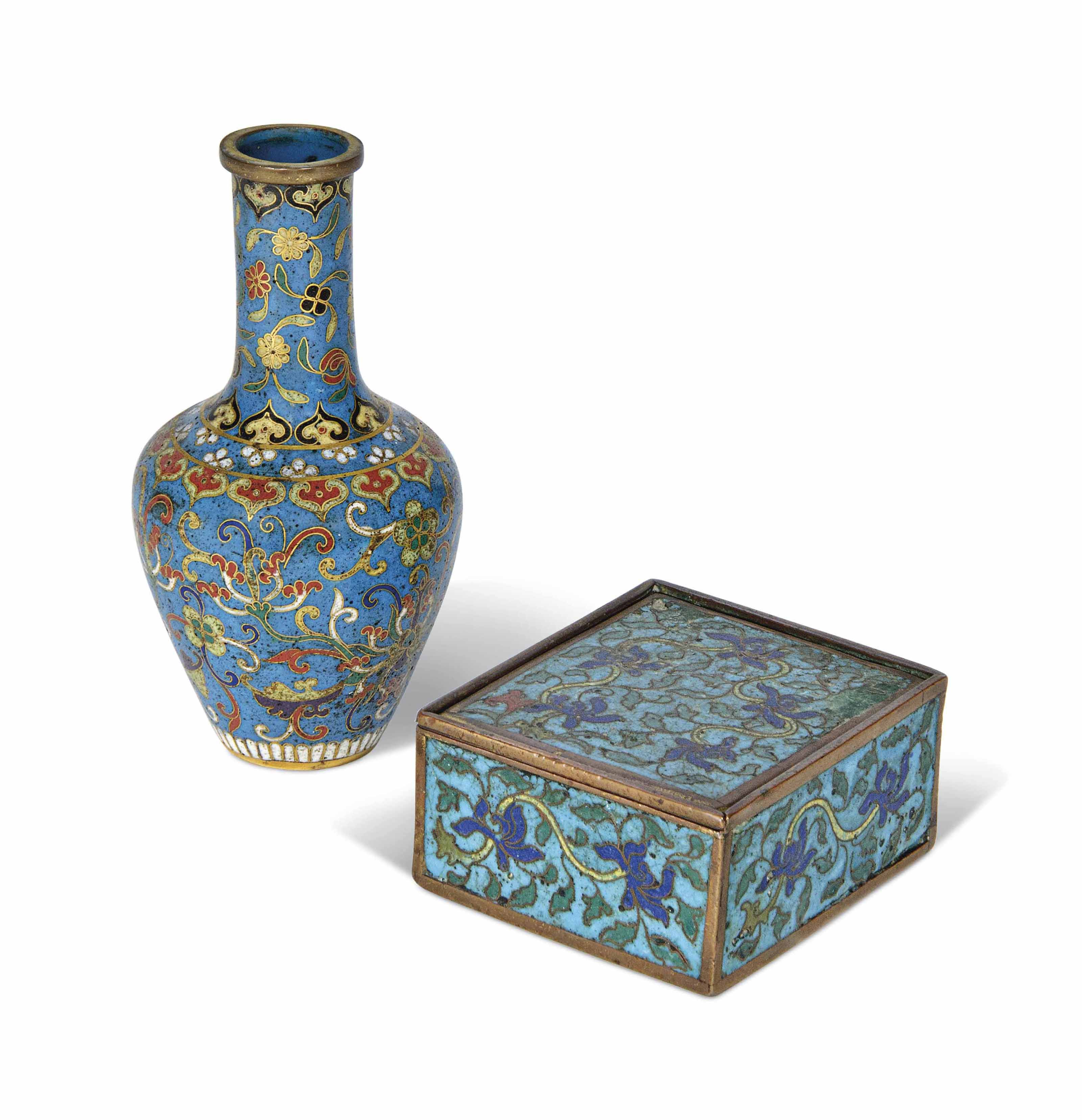 A CHINESE CLOISONNÉ TURQUOISE-