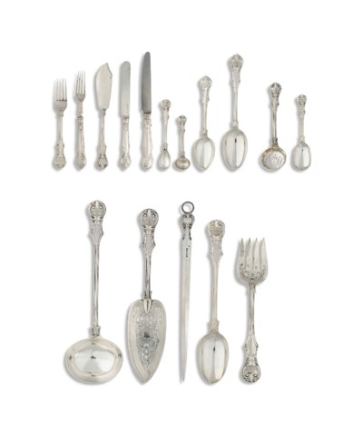 A VICTORIAN SILVER CANTEEN OF