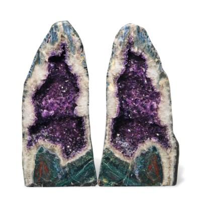 A split Amethyst Geode