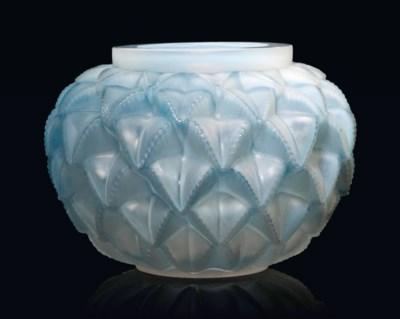 A 'Languedoc' Vase, No. 1021