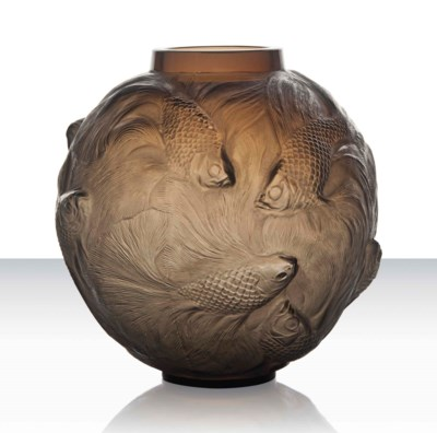 A 'Formose' Vase, No. 934