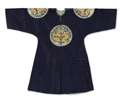 AN EMBROIDERED GAUZE SURCOAT,