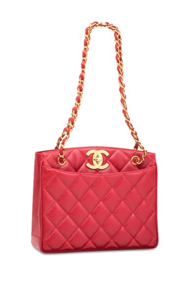 A RED CAVIAR LEATHER BAG WITH